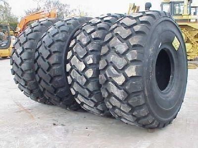 neuer Michelin 26.50- 25.00 Reifen für Lader