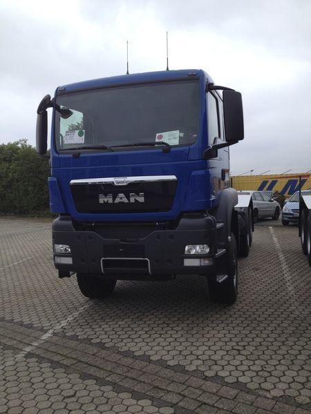 neue MAN TGS 33.480, 6x6, EUR 3 Sattelzugmaschine