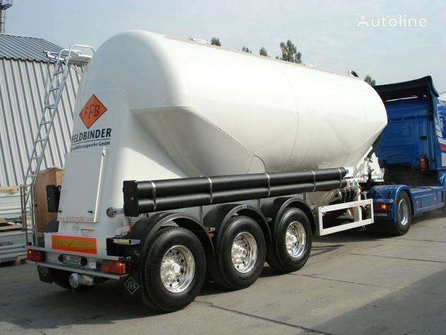 neuer FELDBINDER Zementtransporter